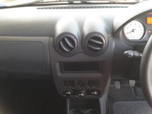 Nissan NP200 1.6i - Image 13