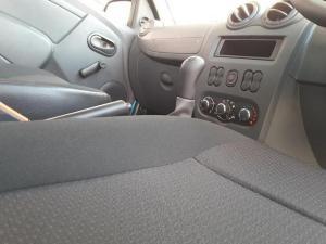 Nissan NP200 1.6i - Image 15
