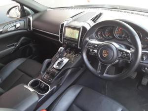 Porsche Cayenne diesel - Image 10