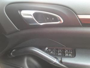 Porsche Cayenne diesel - Image 11