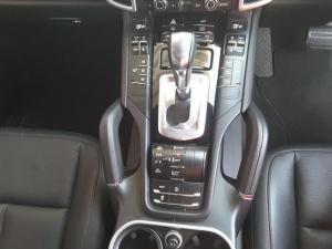 Porsche Cayenne diesel - Image 18