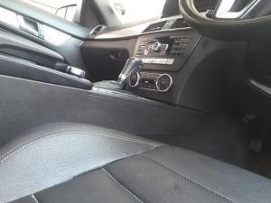 Mercedes-Benz C-Class coupé C180 BlueEfficiency coupé auto - Image 15