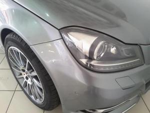 Mercedes-Benz C-Class coupé C180 BlueEfficiency coupé auto - Image 8
