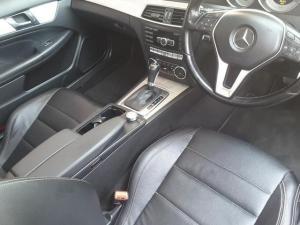 Mercedes-Benz C-Class coupé C180 BlueEfficiency coupé auto - Image 9