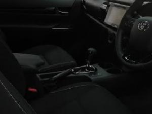 Toyota Hilux 2.8GD-6 Xtra cab Raider auto - Image 4