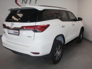 Toyota Fortuner 2.4GD-6 4X4 automatic - Image 6