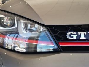 Volkswagen Golf VII GTi 2.0 TSI DSG - Image 16
