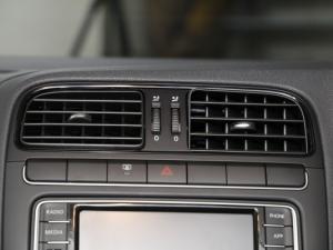 Volkswagen Polo Vivo 1.4 Comfortline - Image 19
