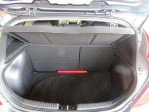 Hyundai Accent 1.6 Fluid automatic 5-Door - Image 23