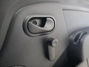Nissan NP200 1.6 Safety PackS/C - Image 16