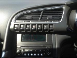 Peugeot 3008 1.6 THP PREMIUM/ACTIVE - Image 10