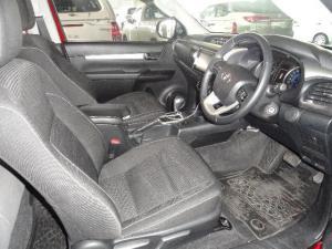 Toyota Hilux 2.8 GD-6 RB Raider 4X4 automaticE/CAB - Image 5
