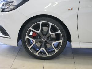 Opel Corsa GSI 1.4T - Image 4