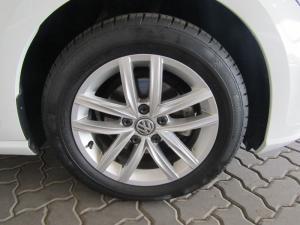 Volkswagen Golf 1.0TSI Comfortline - Image 13