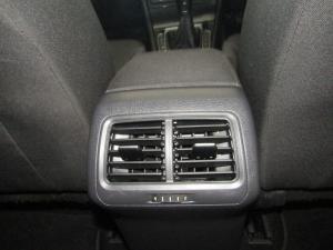 Volkswagen Golf 1.0TSI Comfortline - Image 21