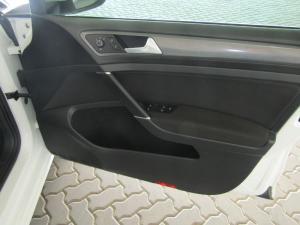 Volkswagen Golf 1.0TSI Comfortline - Image 9