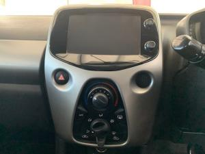 Toyota Aygo 1.0 X-Play - Image 7