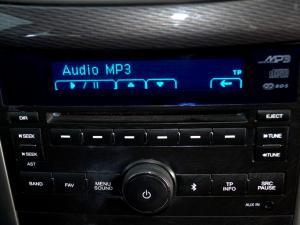 Chevrolet Captiva 2.4 LT automatic - Image 20
