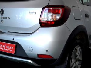 Renault Sandero 900T Stepway - Image 19