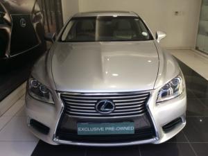 Lexus LS 460 - Image 11