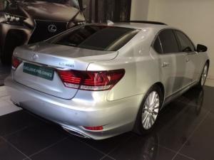 Lexus LS 460 - Image 12