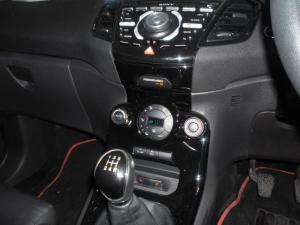 Ford Fiesta 5-door 1.0T Titanium - Image 12
