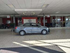 Chevrolet Sonic sedan 1.4 LS - Image 4