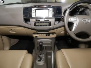 Toyota Fortuner 4.0 V6 RB automatic - Image 18