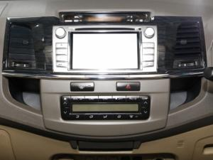 Toyota Fortuner 4.0 V6 RB automatic - Image 19