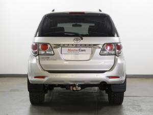 Toyota Fortuner 4.0 V6 RB automatic - Image 5