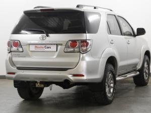 Toyota Fortuner 4.0 V6 RB automatic - Image 6
