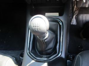 Toyota Hilux 2.8 GD-6 RB RaiderE/CAB - Image 12