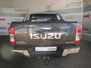 Isuzu KB 300 D-TEQ Serengeti automaticD/C - Image 7