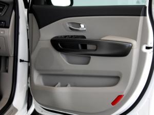 Kia Grand Sedona 2.2 CrdiEX automatic - Image 26