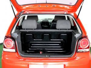 Volkswagen Polo Vivo 1.6 Trendline 5-Door - Image 10