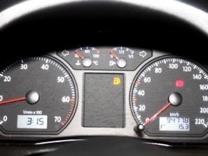 Volkswagen Polo Vivo 1.6 Trendline 5-Door - Image 15