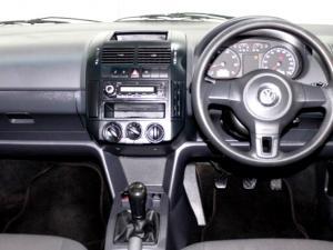 Volkswagen Polo Vivo 1.6 Trendline 5-Door - Image 5
