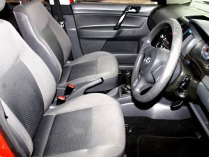Volkswagen Polo Vivo 1.6 Trendline 5-Door - Image 6