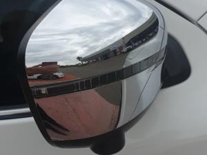 Nissan Navara 2.3D LE automatic D/C - Image 6