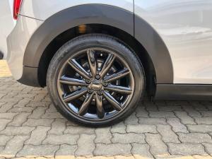 MINI Cooper S 5-Door automatic - Image 5