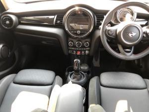 MINI Cooper S 5-Door automatic - Image 6