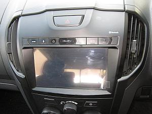 Isuzu D-MAX 250 HO HI-RIDER D/C - Image 11