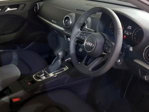 Audi A3 1.4T FSI Stronic - Image 2