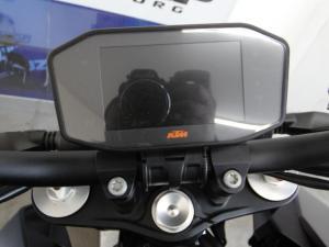 Ktm 1290 Super Duke R - Image 5
