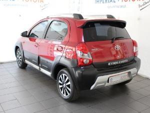 Toyota Etios Cross 1.5 Xs - Image 5