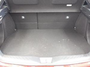 Toyota C-HR 1.2T Luxury - Image 13