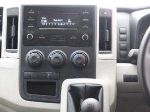Toyota Quantum 2.8 LWB panel van - Image 10