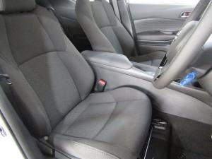 Toyota C-HR 1.2T Plus CVT - Image 13