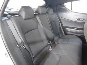 Toyota C-HR 1.2T Plus CVT - Image 14