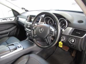 Mercedes-Benz ML 250 Bluetec - Image 21